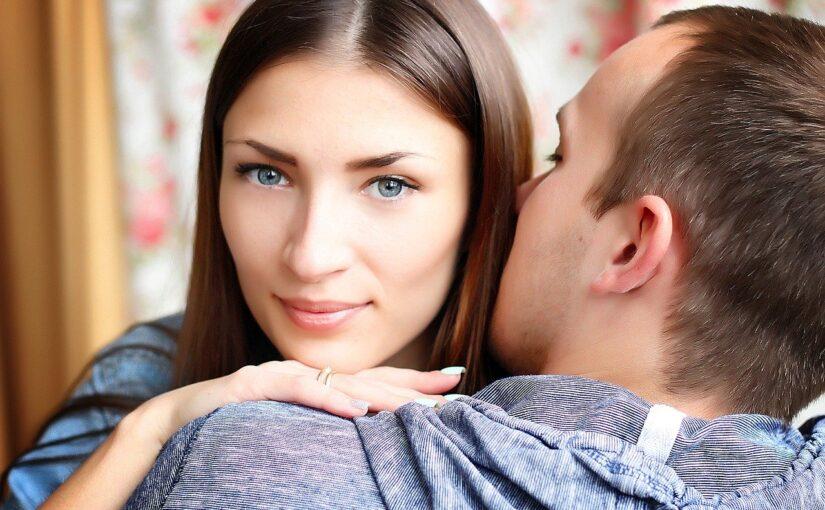 Como obter exatamente o que você deseja de seu homem, sem tentar controlá-lo
